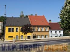 Dům na náměstí 5+1, 150m2